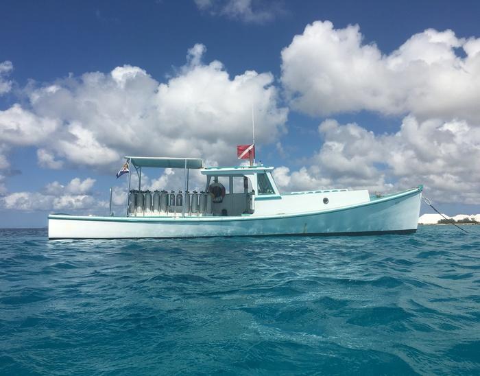 boat dive Bonaire