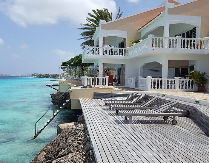 bonaire oceanfront rental