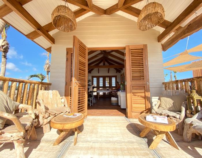 Ocean Oasis massage hut